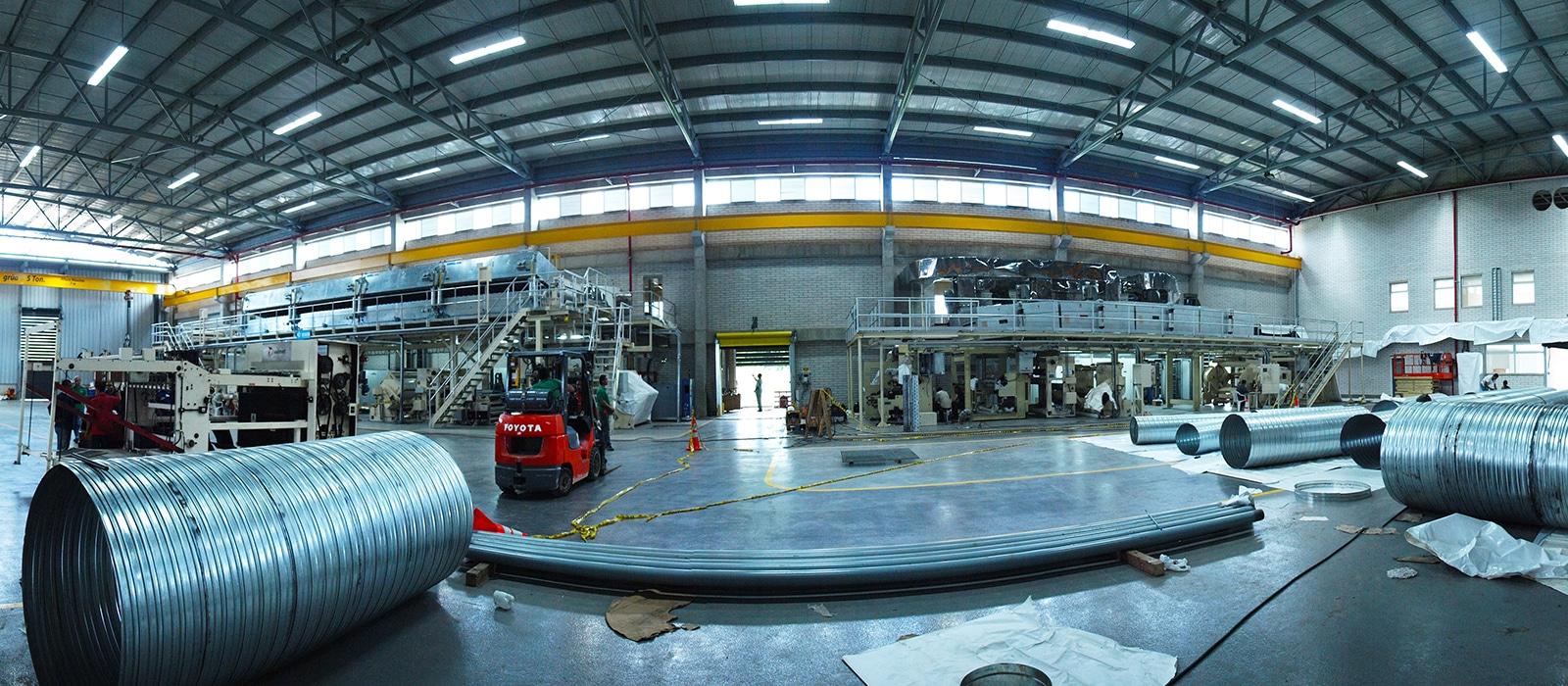 Interior fábrica Arclad